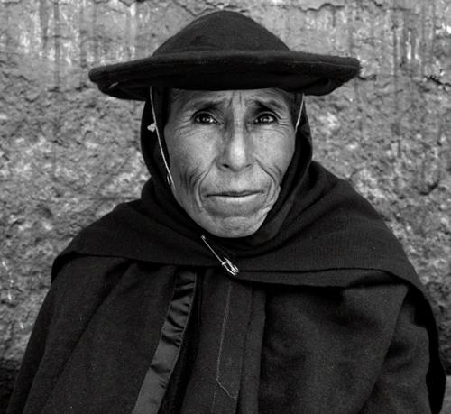 Miguel Bergasa. Mujer andina. Espaciofoto 2015.