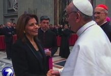 Laura Chinchilla con el papa Francisco