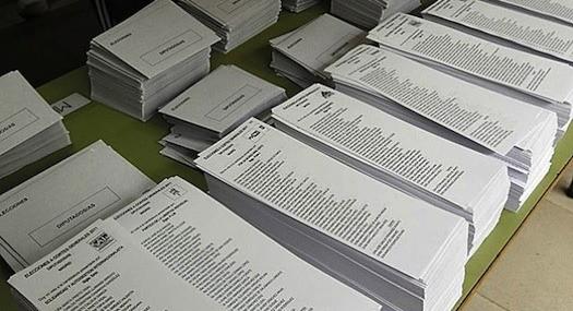 Cartel papelero se ha repartido el negocio electoral en España desde los 70