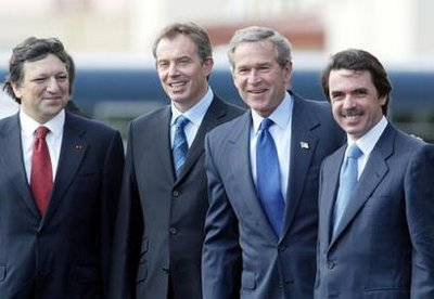 Barroso, Blair, Bush y Aznar en la foto de las Azores