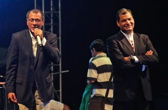 Rafael Correa y Jorge Glass en el acto popular de inicio del mandato presidencial en Guayaquil