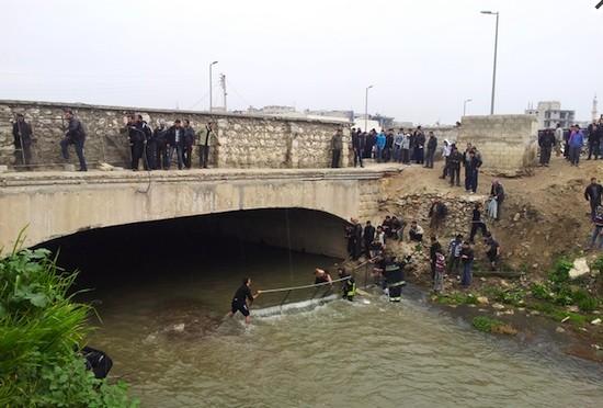 HRW-ejecutados-Siria-rio-Alepo