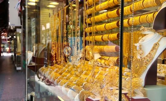JB·-Dubai-escaparates-de-oro