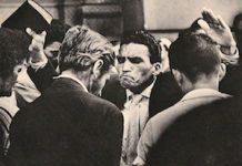 """© Jürgen Heinemann, """"Predicador de una secta en una calle de Sâo Paulo"""", s/f. Weltausstellung der Photographie, ed. Karl Pawek, Verlag Henri Nannen, Hamburgo, 1964"""