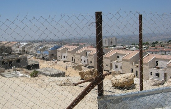 Nuevo-barrio-Ariel-Cisjordania-PierreKlochendler-IPS