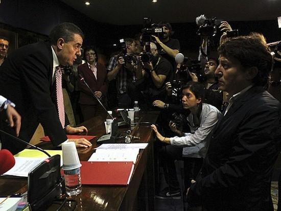 Ismael Álvarez renuncia a su acta de concejal ante el nuevo alcalde Samuel Folgueral