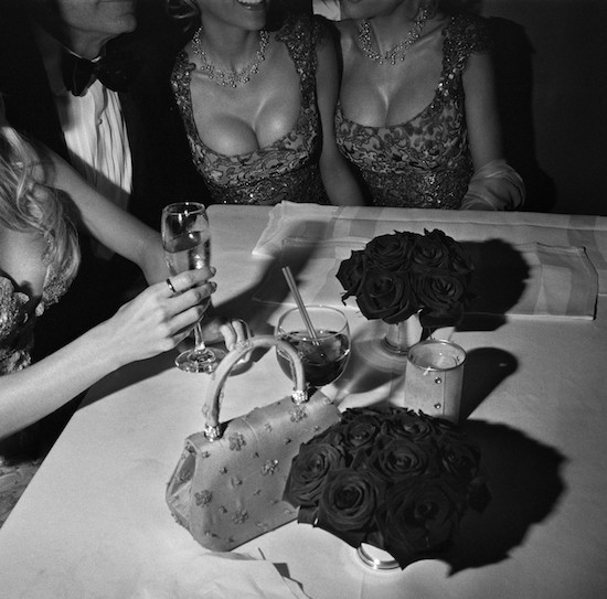 Amenitites, LA, 3/2000 © Larry Fink