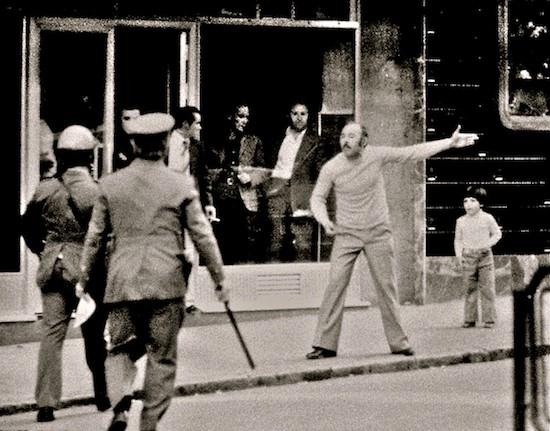 (C) Manuel López. Primero de Mayo de 1976 en Vallecas, Madrid. De la exposición antológica 'Manuel López 1966-2006'