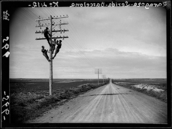 (C) Luis Ramón Marín. Kilómetro 412 de la linea telefónica Zaragoza-Lérida-Barcelona-Huesca. 17 de abril de 1928