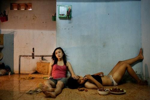 prostitutas vietnam sinonimos de comenzo