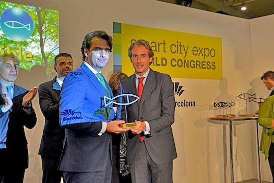 Diego Calvo, presidente da Deputación da Coruña, recibe en Barcelona o Premio Ciudad Sostenible