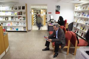 Biblioteca Bioy Casares en el Instituto Cervantes de El Cairo