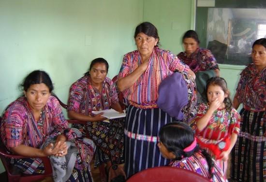 Guatemala y Honduras proyectan leyes para revertir derechos indígenas