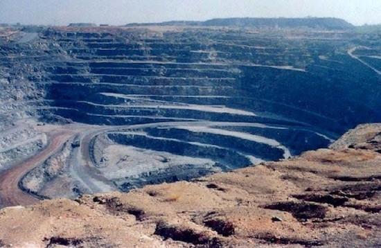 Mina de uranio a cielo abierto