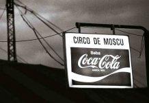"""(C) Manuel López. Plaza de Castilla, Madrid, 13 de abril de 1977. De la exposición itinerante """"Manuel López. Imágenes 1966-2006"""" (disponible)"""