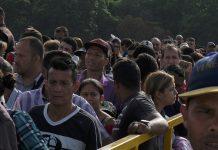 ACNUR / Santiago Escobar-Jaramillo Cúcuta, en la frontera de Colombia con Venezuela. Miles de refugiados y migrantes de Venezuela siguen entrando a Colombia a diario a través del puente Simón Bolívar