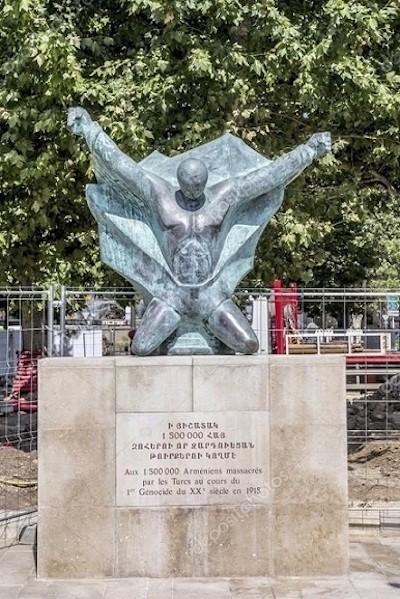 Uno de los monumentos al genocidio armenio en Francia. En concreto, en Aix En Provence
