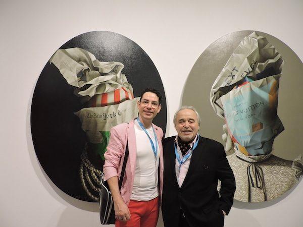 El galerista Alfredo Ginocchio con el artista Luis Selem