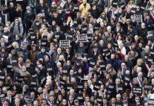 Miles se manifestaron en la ciudad francesa de Niza contra los atentados terroristas. Andes / AFP