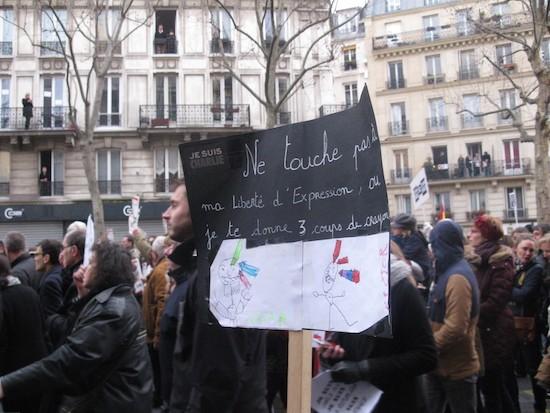 Charlie-Hebdo-Paris-20150111-3-coups-crayon