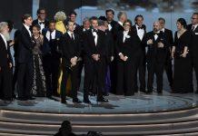 El equipo de Juego de Tronos recoge el Emmy 2018 a la mejor serie dramática.