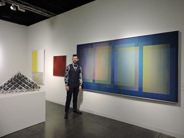 El galerista W.Isbell presenta la obra de Cruz Diez