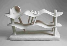 Alberto Giacometti: Mujer acostada soñando, 1929. Bronce pintado, 23,5 × 42,6 × 14,5 cm [ed. 1959-1960] Hirshhorn Museum and Sculpture Garden, Smithsonian Institution, Washington, D. C. Donación de Joseph H. Hirshhorn, 1966