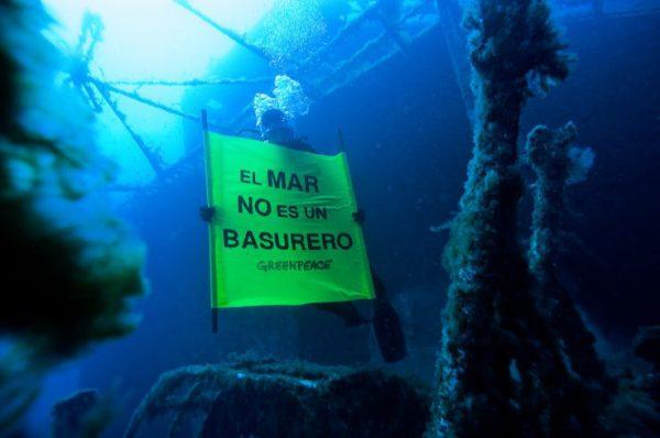 Greenpeace mar basurero