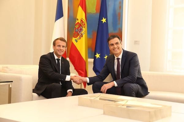 Macron Sanchez 1080726