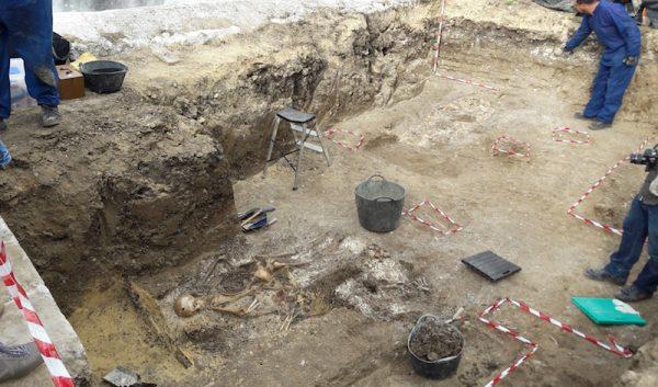 Trabajos de recuperación de cuerpos de fosas de víctimas del franquismo en Andalucía