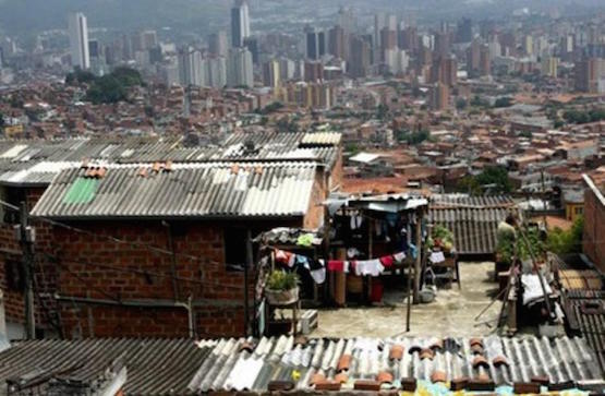 El Distrito Federal está rodeado por un inmenso cinturón de viviendas insalubres.