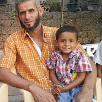 Mohammad Ahmad Badran (41) y su hijo Daham (4), víctimas de la campaña militar.