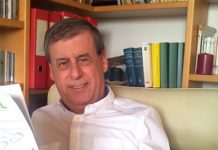Francisco Sosa Wagner en la imagen principal de su web