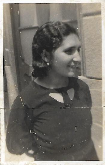 Dolores Álvarez González, Lalucha