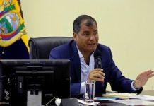 El presidente Rafael Correa durante su informe semanal el sábado 23 de abril de 2016. Foto: Presidencia