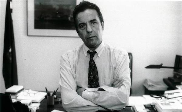Joaquín Marín en su despacho del Diario Sur a finales de los años 90 / SUR