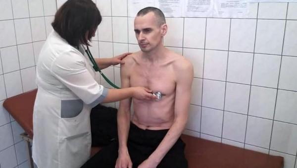 Oleg Sentsov en la enfermería de la cárcel