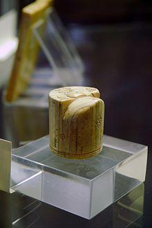 Pieza de un ajedrez árabe del siglo IX conservada en París