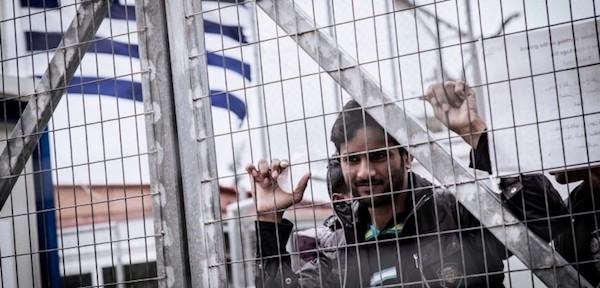 Personas refugiadas en Grecia podrán desplazarse sin restricciones