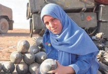 Samira Mouaki en el frente de Mosul.