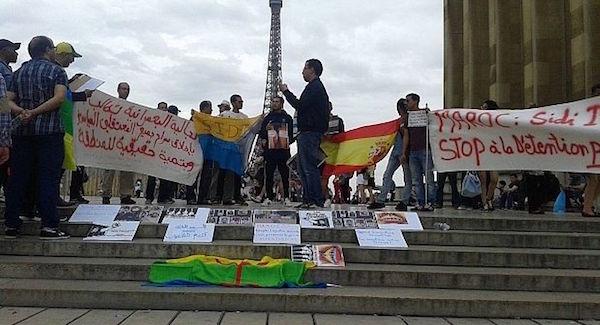 Inmigrantes de Ifni quieren demandar al embajador en Paris