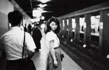 Van der Elsken Chica en el metro